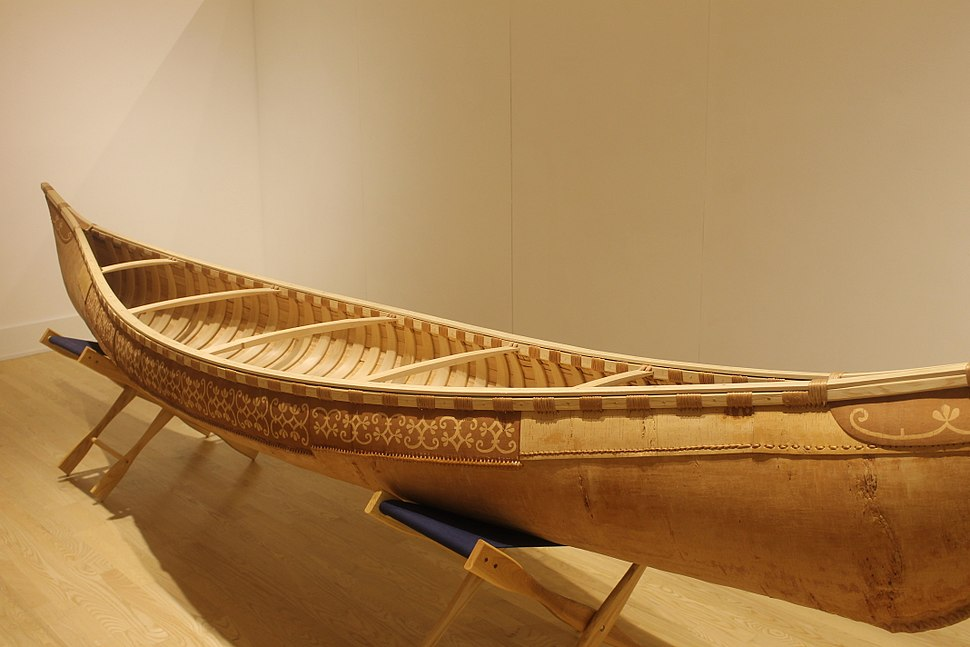 Birchbark canoe, Abbe Museum, Bar Harbor, ME IMG 2301