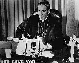 Caractéristiques de l'Antéchrist par Mgr Fulton J. Sheen 280px-Bishop_Fulton_J._Sheen_1956