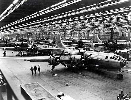 Boeing B-29 assembly line in Wichita, Kansas, 1944 Boeing-Whichata B-29 Assembly Line - 1944.jpg
