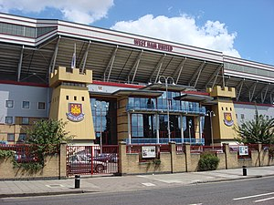 Haupteingang des Boleyn Ground