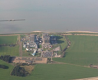Bradwell nuclear power station - Aerial view of the power station in 2007