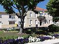 Braud-et-Saint-Louis (Gironde) mairie-poste.JPG