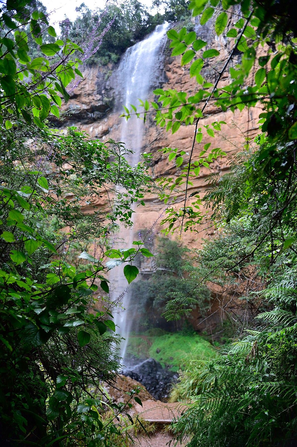 Bridal Veil Falls Oregon - Waterfall in Oregon - Thousand