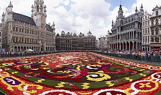 Flower Carpet - Image: Brussels floral carpet B