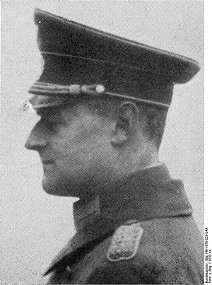 Walther Wever (general) - Image: Bundesarchiv Bild 146 1976 026 04A, Walter Wever