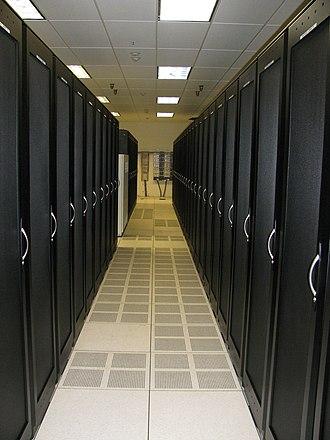 Raised floor - Server cabinet aisle on raised floor with cooling panels