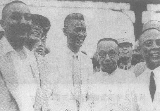 Cai Tingkai left Shanghai for Fukien