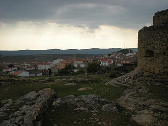 Cardenete - Picture of the castle and the village.