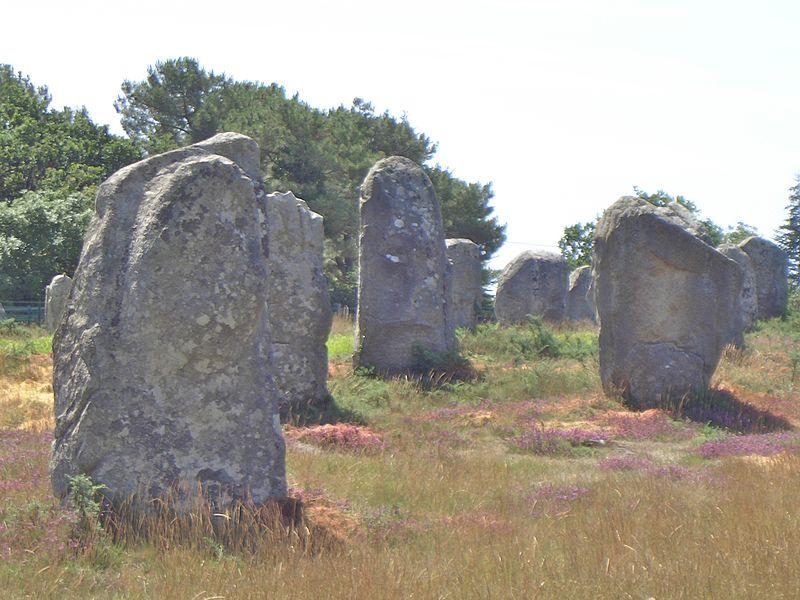 File:Carnac stones 2004 4.jpg