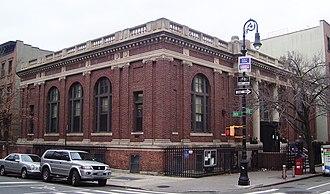 Carroll Gardens, Brooklyn - Carroll Gardens branch of the Brooklyn Public Library