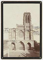 Photographie de la restauration de la façade de la cathédrale de Soissons