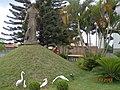 Ceilândia DF Brasil - Jardins da Igreja S. Francisco de Assis - panoramio.jpg