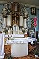 Central altar of Ukrinai church.jpg