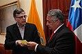 Ceremonia de Deposito del Instrumento de Ratificación al Protocolo Adicional al Tratado Constitutivo de la Unión de Naciones Suramericanas UNASUR. Sobre Compromiso con la Democracia por Parte de la República de Chile (6982663871).jpg