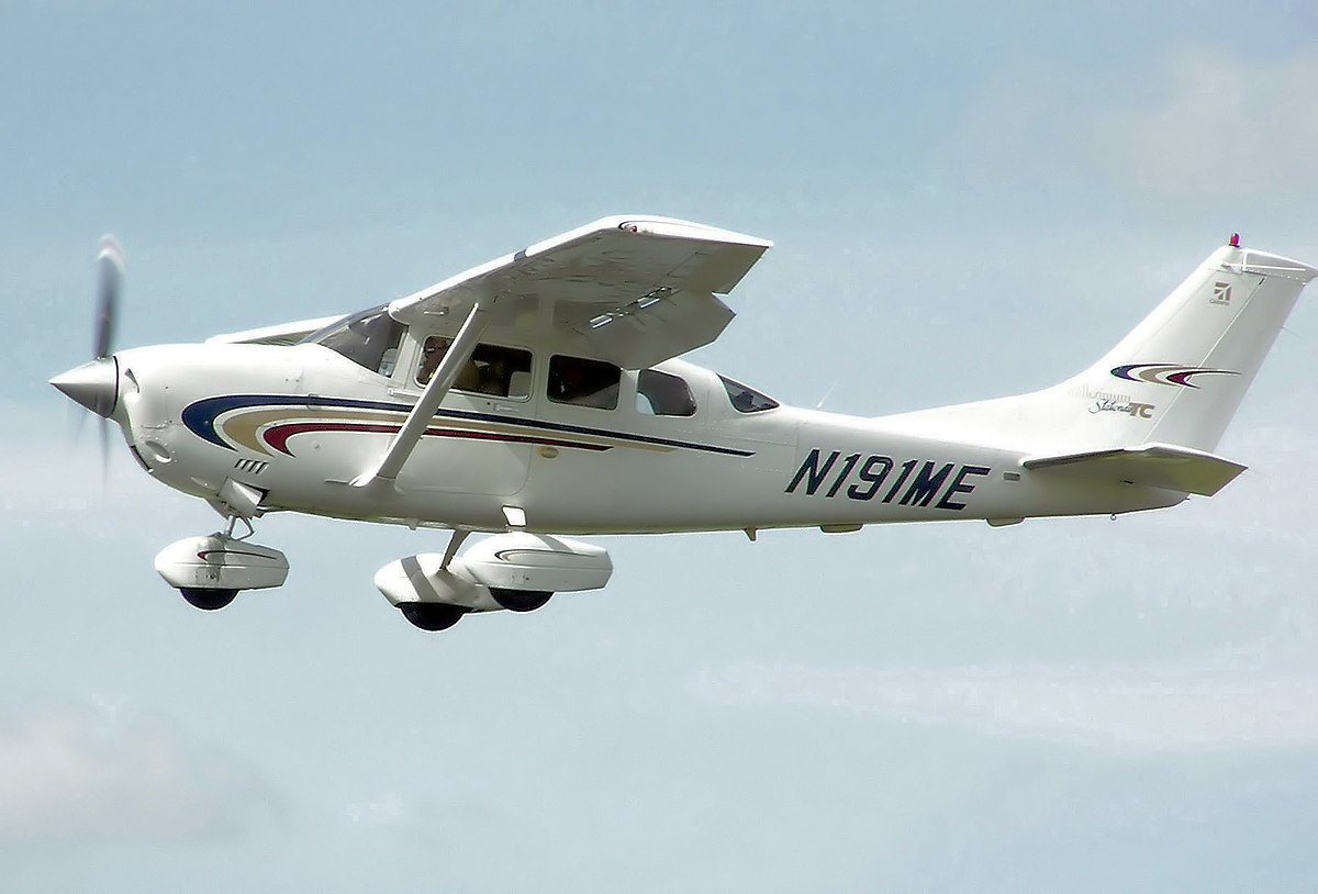 Cessna 206 - Wikipedia