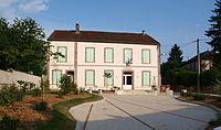 Chamvres-FR-89-mairie-01.JPG