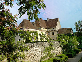Chateau de losse3.jpg