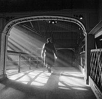 Chester Railway Station, England, C 1944 D18523.jpg