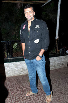 Chetan hansraj Bollywood & TV actors at Ekta Kapoor's birthday bash.jpg