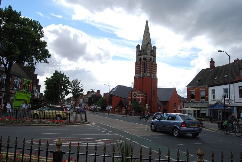 File:Church on Princes Avenue.jpg