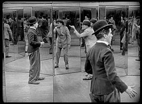 Il circo film wikipedia - Casa degli specchi ...