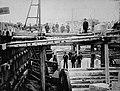Construction du bassin no 4 du Canal de Lachine - 1877.jpg