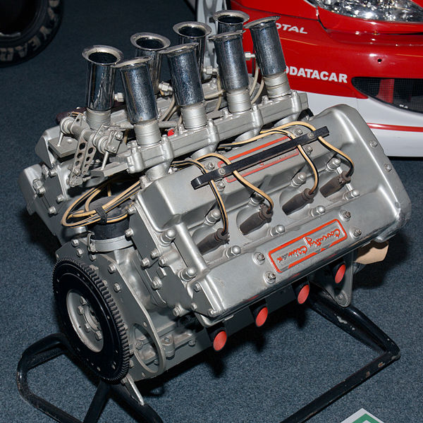 Fichier:Coventry Climax FWMV 1.5l engine rear Coventry Transport Museum.jpg