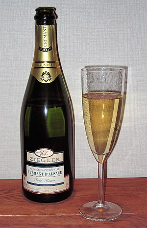 English: Bottle of Crémant d'Alsace (a sparkli...