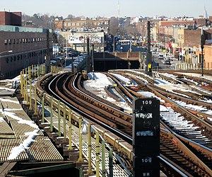 Kensington, Brooklyn - The Culver Ramp takes the IND Culver Line from a tunnel to an elevated structure.