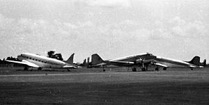 DC3s at Palmerston North, 1973.jpg