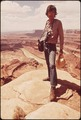 DOCUMERICA PHOTOGRAPHER, DAVID HISER, AT DEAD HORSE POINT - NARA - 545607.tif