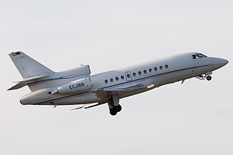 Dassault Falcon 900 - A Falcon 900 shortly after take-off