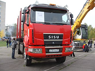Sisu Auto - A logging vehicle with the second Renault type cabin.