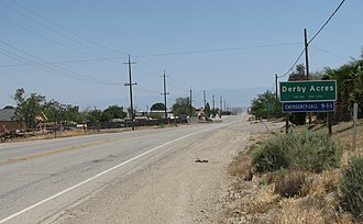 Derby Acres, California - Derby Acres, looking south along California State Route 33.