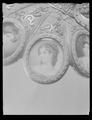 Detalj detalj porträtt Amalia av Bayern minnesvärja - Livrustkammaren - 45156.tif