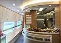 Dining car interior of CR400BF-0503 (20170307110521).jpg