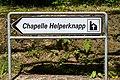 Direktiounsschëld «Chapelle Helperknapp» um CR114, Gréiweknapp-101.jpg