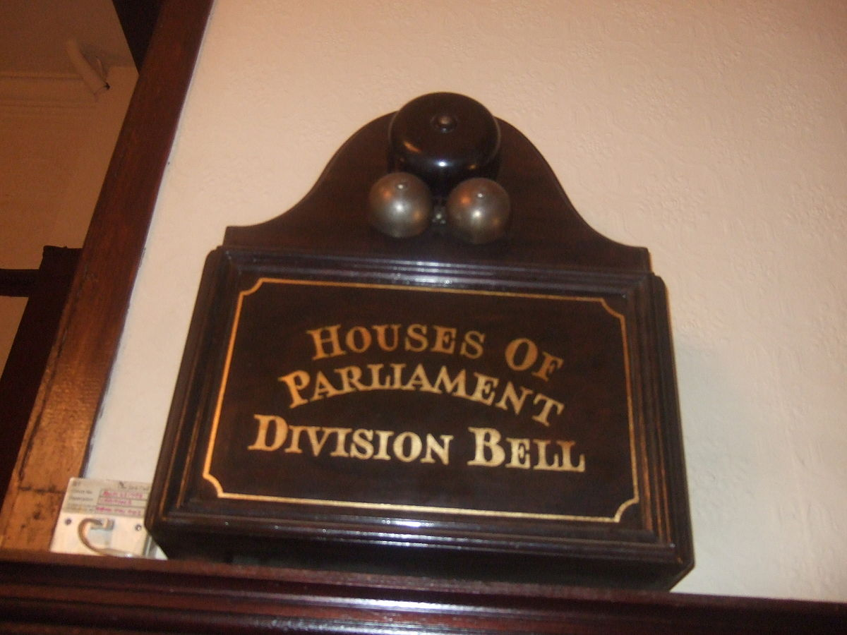 Division bell - Wikipedia
