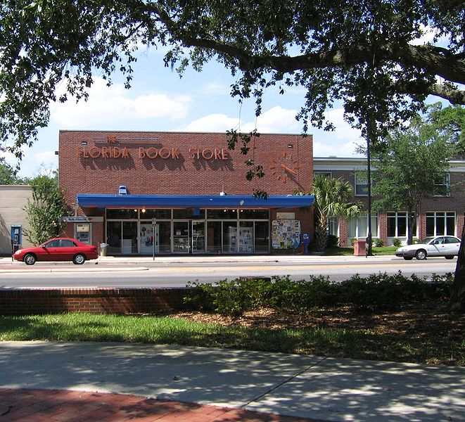 File:Dsg Gainesville Florida Book Store 20050507.jpg