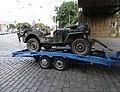 Dukelských hrdinů, vojenské auto na přívěsu.jpg
