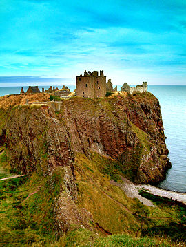 Dunnottar scotland 545 step.jpg