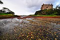 Dunvegan Castle bay - geograph.org.uk - 1466616.jpg