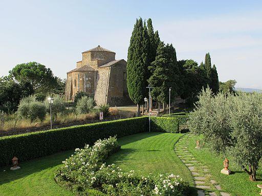Duomo di sovana, ext. 01
