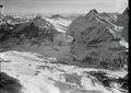 ETH-BIB-Grosse Scheidegg, Wetterhorn, Schreckhorn, Finsteraarhorn aus 4000 m-Inlandflüge-LBS MH01-000292.tif