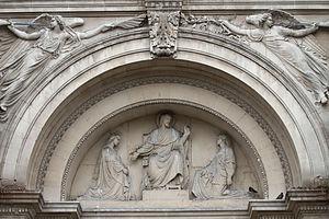Église de la Madeleine (Aix-en-Provence) - Close-up of the lunette sculpted by Henri Révoil above the main door