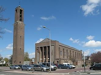 Emmeloord - Image: Emmeloord, Heilige Michaelkerk foto 2 2013 04 28 15.10