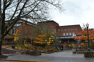 Erb Memorial Union - Image: Erb Memorial Union (University of Oregon)