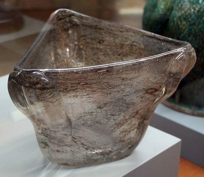File:Ercole barovier per barovier ferro e toso, vaso in vetro trasparente della serie crepuscolo, murano 1936.JPG