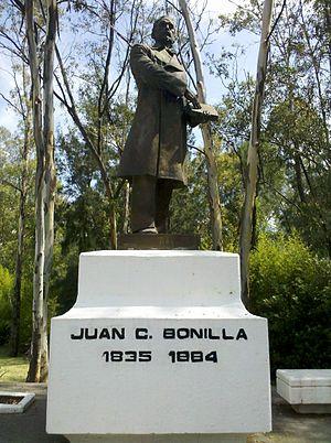 Juan Crisóstomo Bonilla - His statue in Puebla