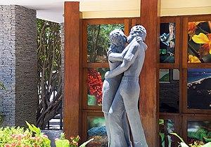 Português: Estatua dos Namorados no Parque das...